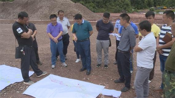 邱明调研城区部分在建重点工程